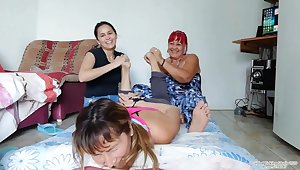 GTK Yolanda and Lisa Give Sian Double Bare Foot Tickling!