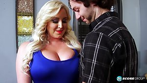 Big breasts mummy cougar gives blowjob, handjob and breast banging for jizm on tits